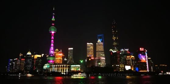 Shanghai_at_night_2019